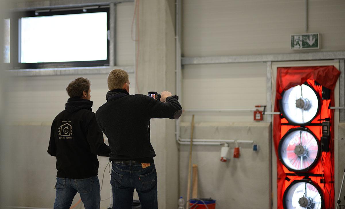 Aktuelle Anforderungen und Normen bei der Blower-Door-Messung